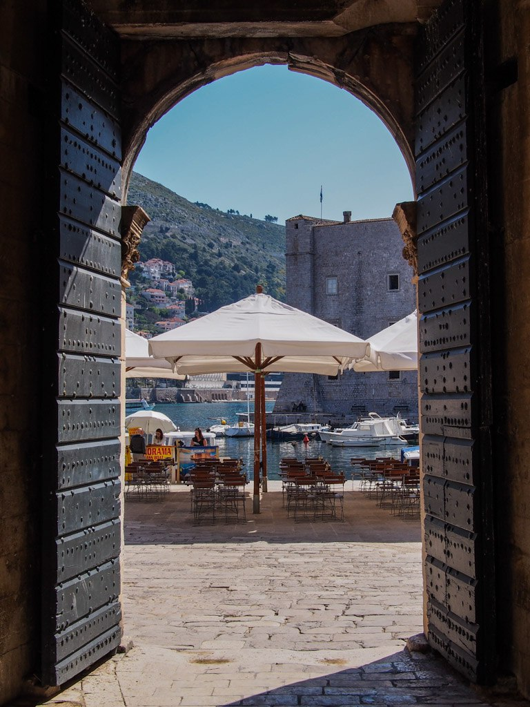 archway over empty street in dubrovnik croatia