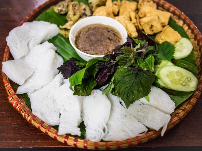 rice noodles and tofu on bamboo basket son la vietnam