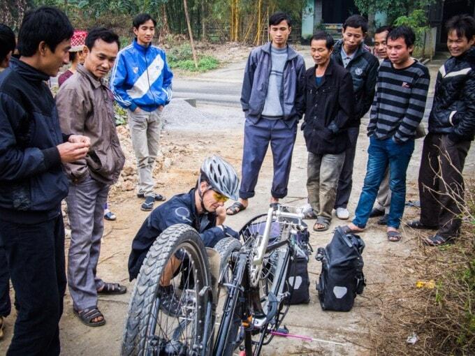 bike touring vietnam
