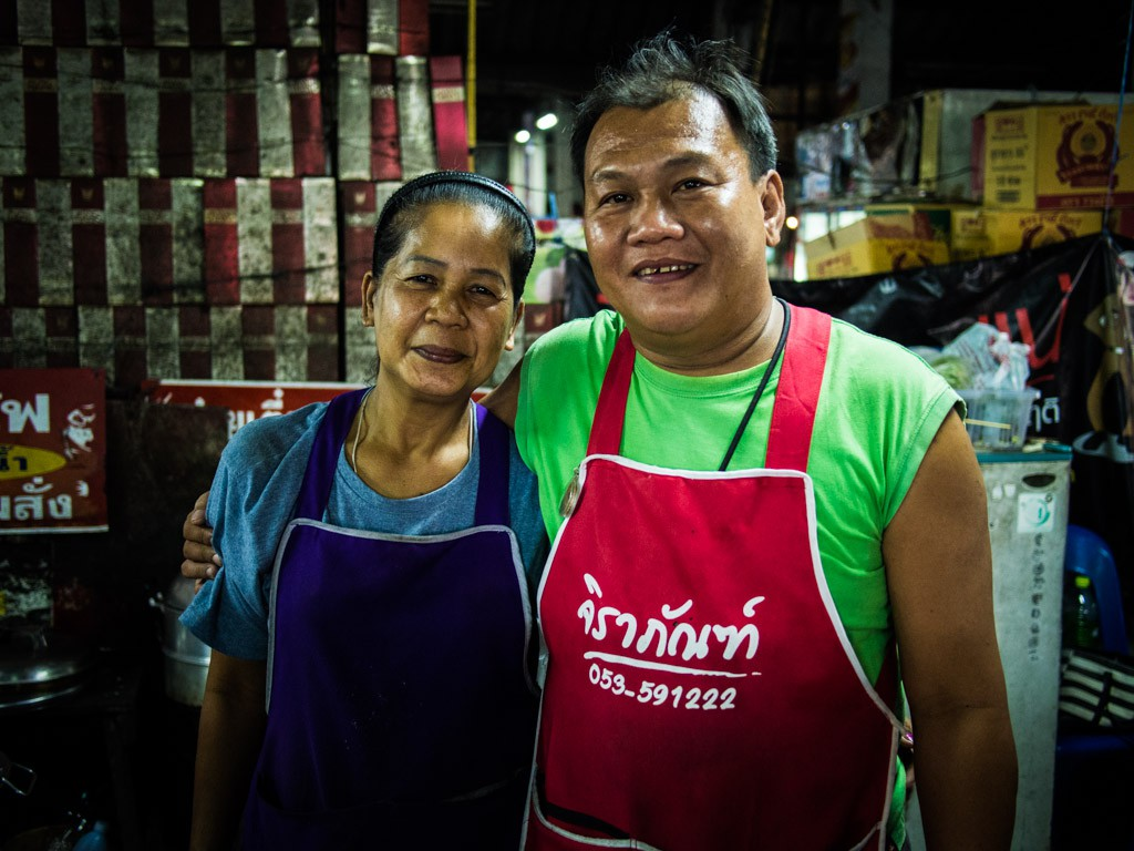 These two were making the only veggie food in the market, Pad Thai with tofu.