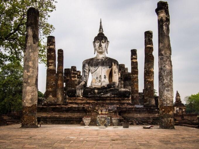 thailand 2 weeks itinerary sukhothai buddha