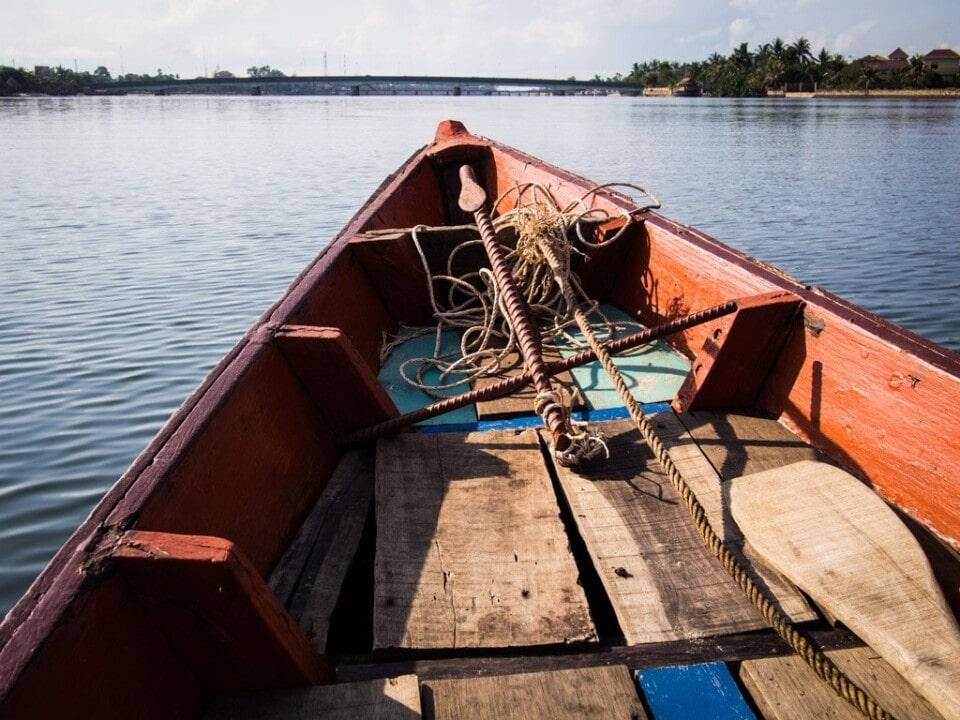 cambodia travel tips taxi boat
