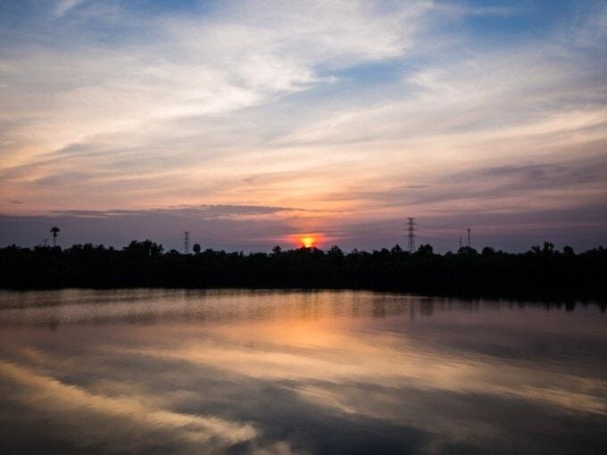 sunset in kampot cambodia