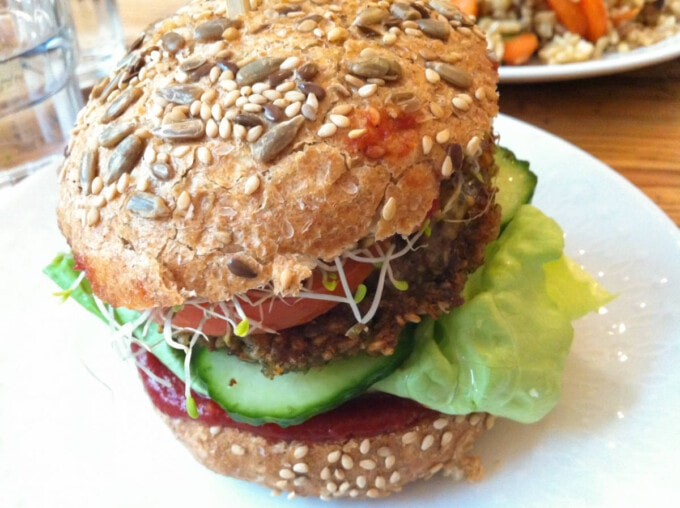 vegan burger from Pele Mele in Berlin