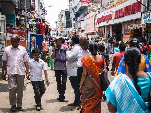 pondy bazaar shops