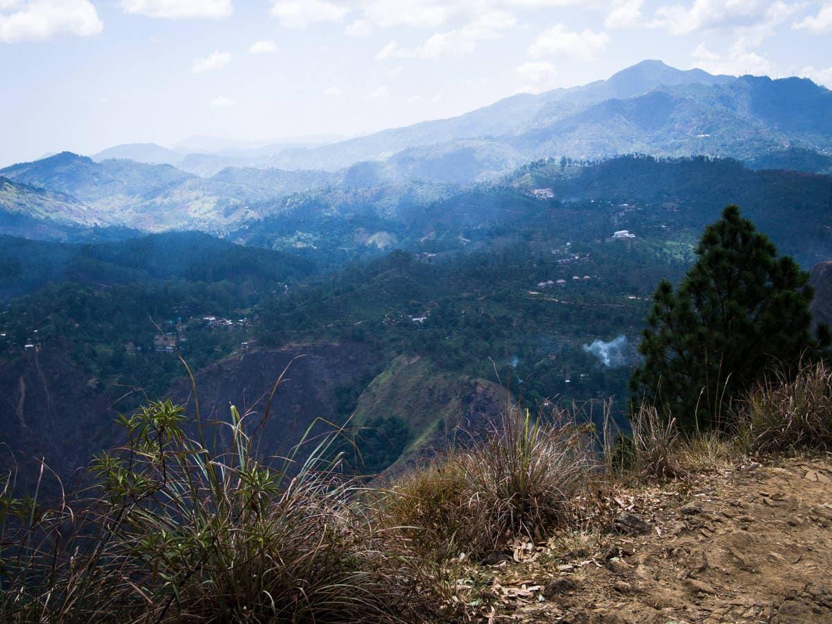 misty mountains Sri Lanka