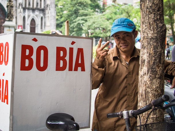 vegetarian dessert cart in hanoi with bo bia sign on the side