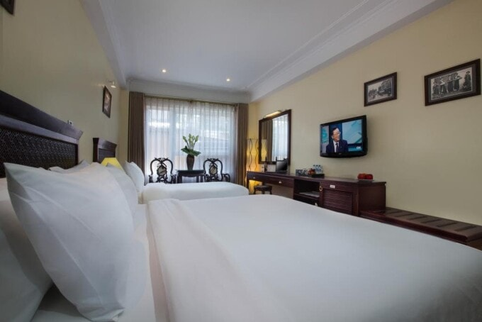 Clean big room in Hanoi