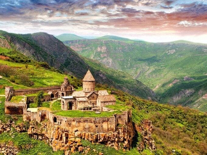 hike Armenia
