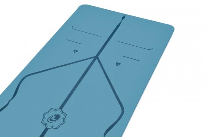 liforme natural rubber eco yoga mat