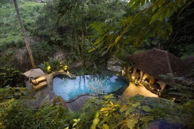 pool and villa at svarga loka retreat