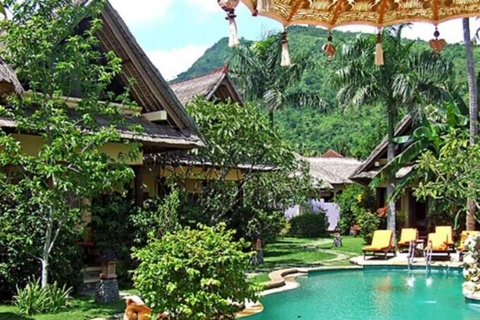 amed beach resort pool