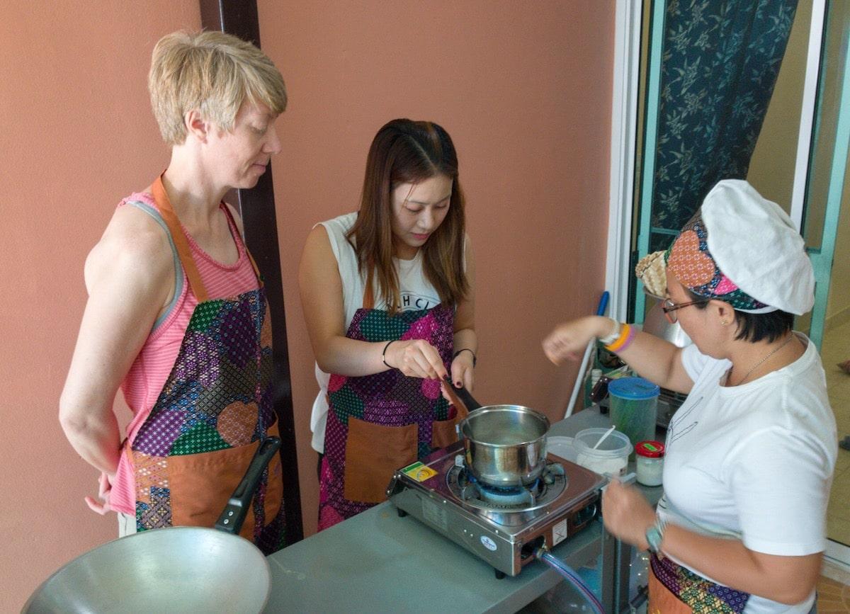 vegan cooking class in thailand