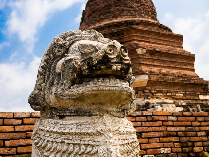 ayutthaya temples statue