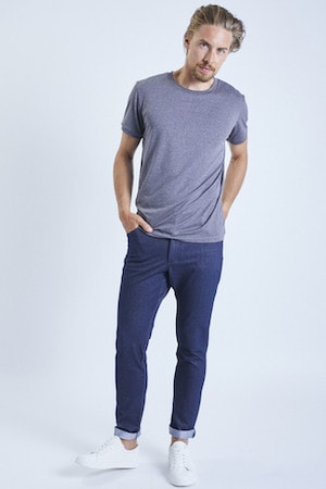ohmme jeans best men's travel pants for fashionable guys