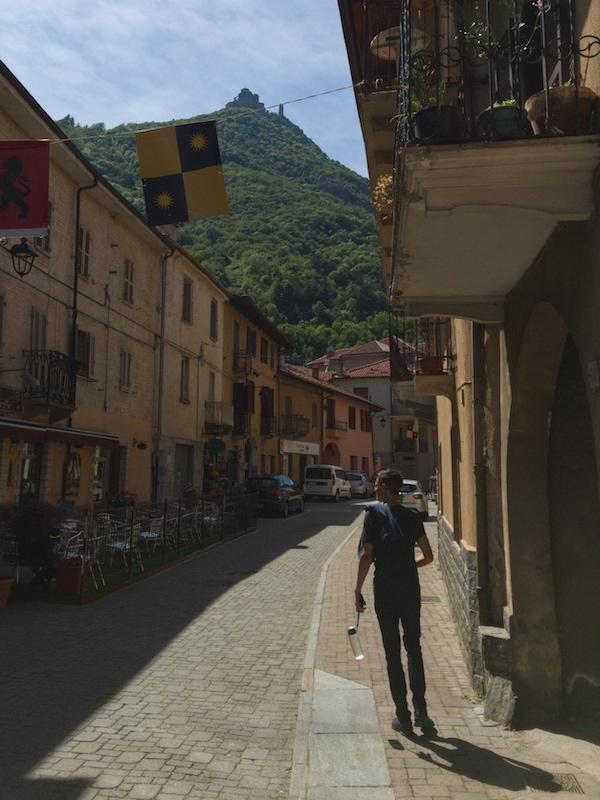 sant'ambrogio village with view of sacra di san michele