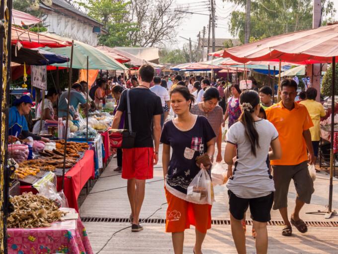 night market in sukhothai