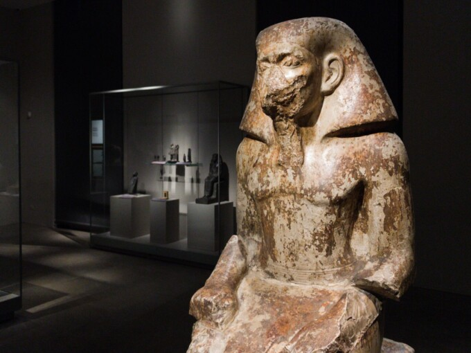 statue at turin egyptian museum