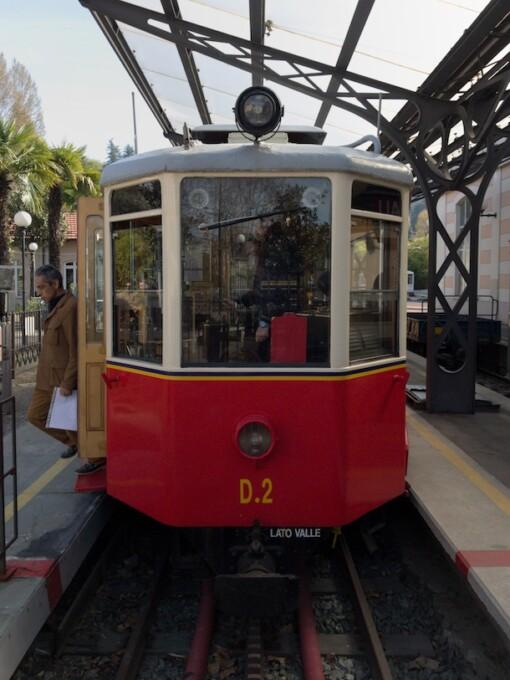 superga rack tramway red tram car