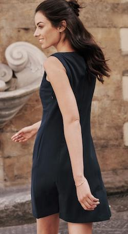 navy blue sleeveless travel dress