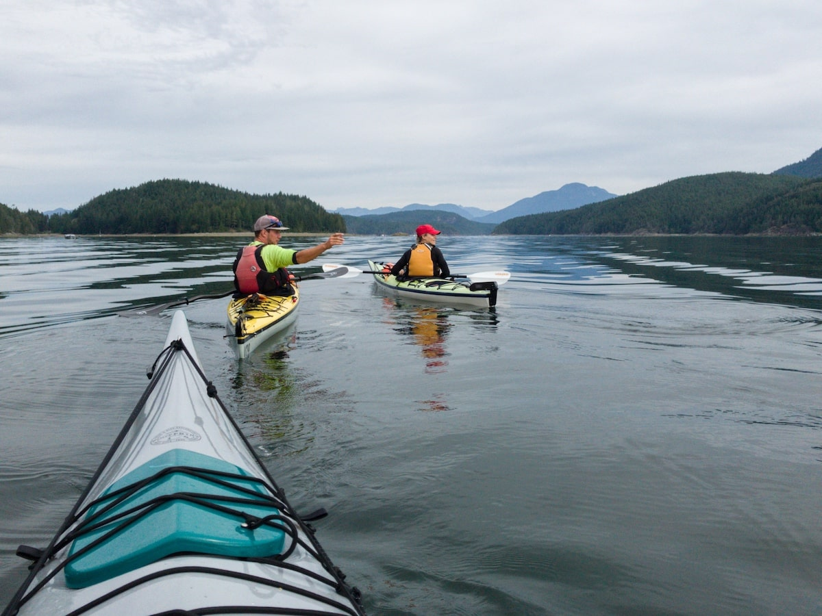 kayaks in desolation sound
