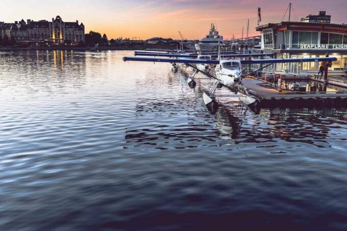 seaplanes in victoria harbour bc