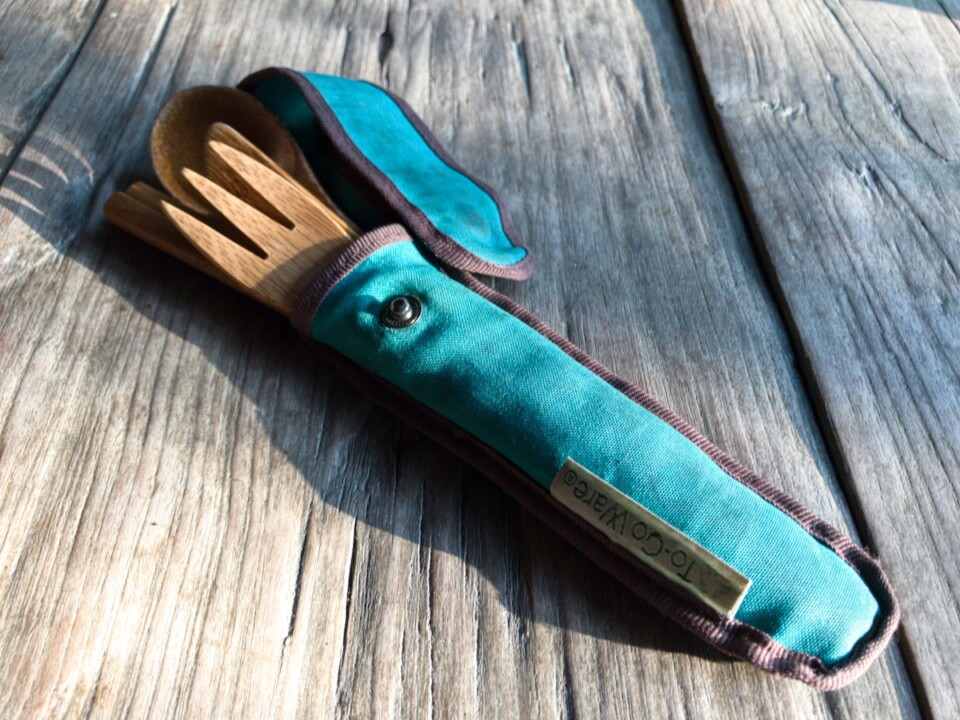 bamboo cutlery set in case