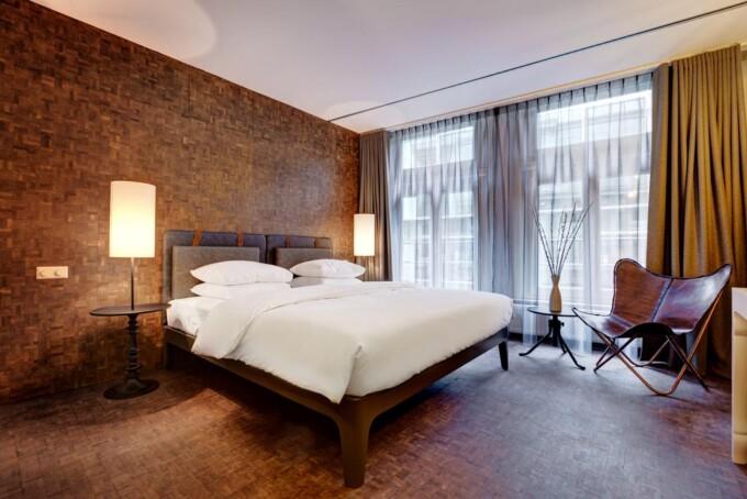 simple luxury hotel room