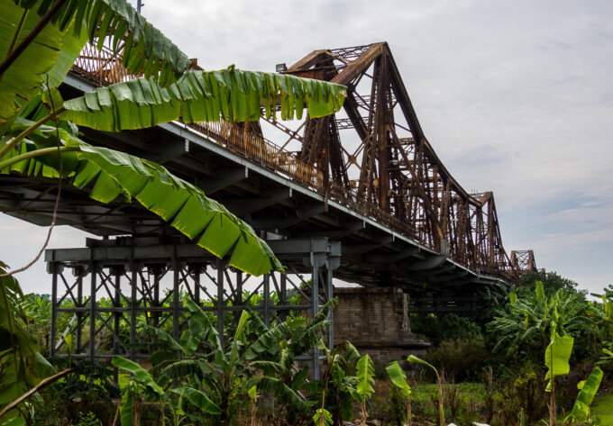 long bien bridge from below