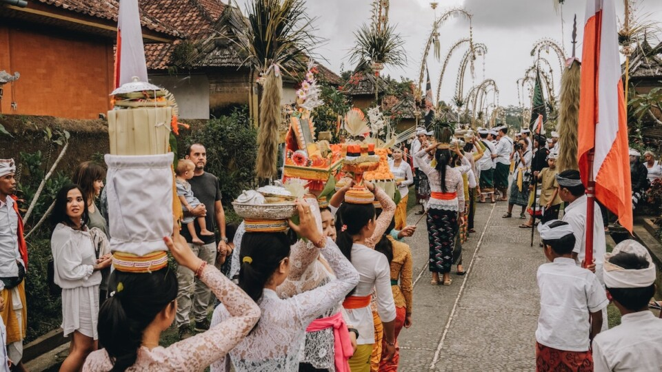 funeral procession in bali