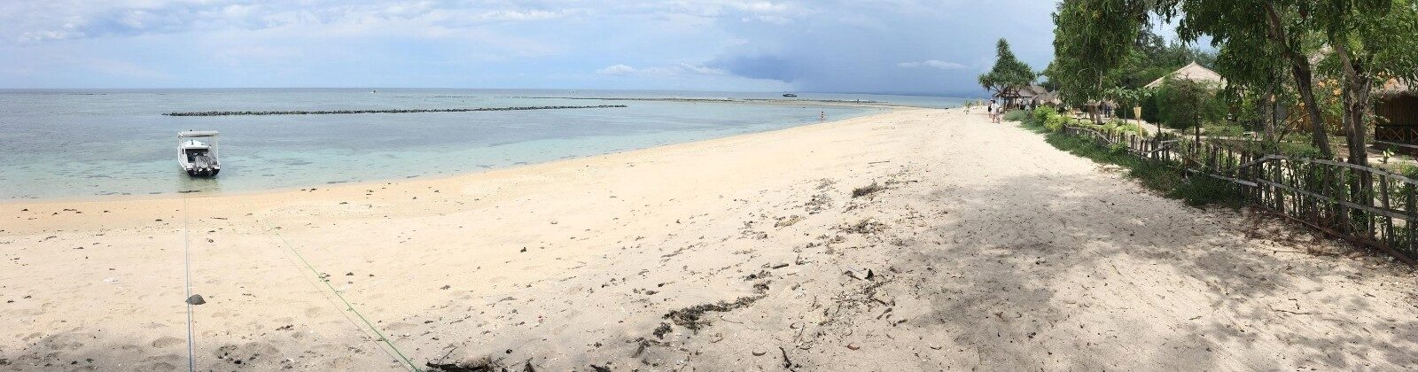 gili islands beach