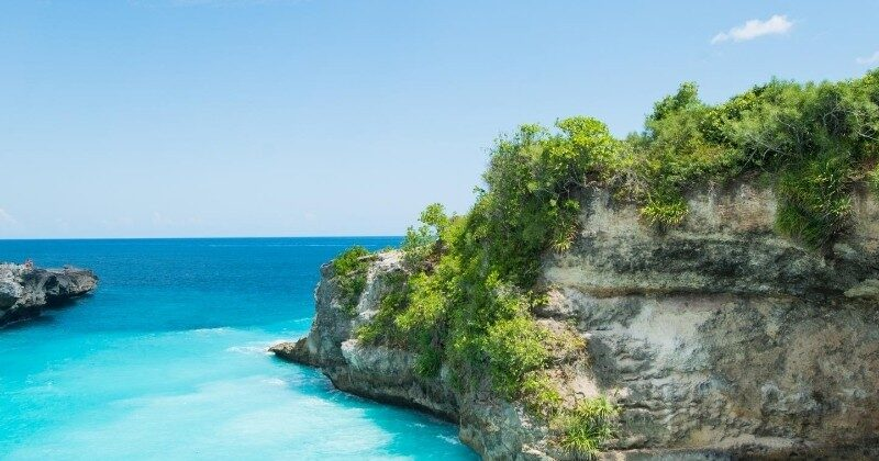 bali featured image wild coastline