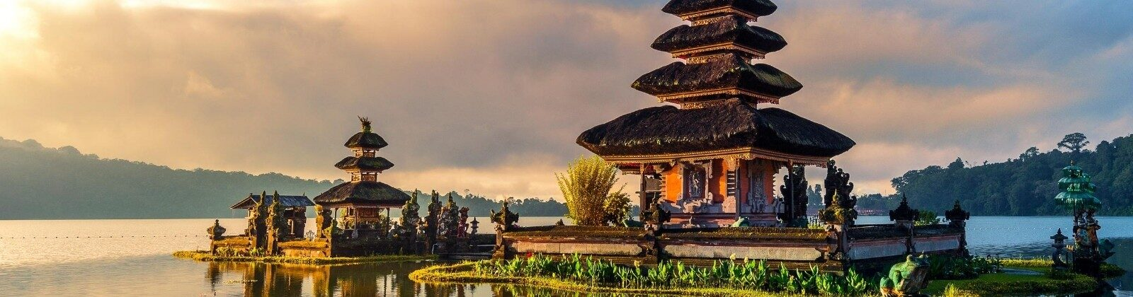 bali featured image temple on water