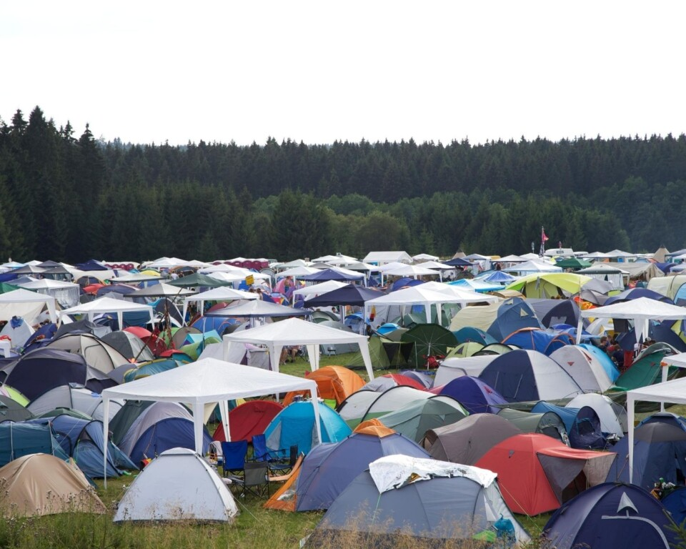 hundreds of tents in a big open field