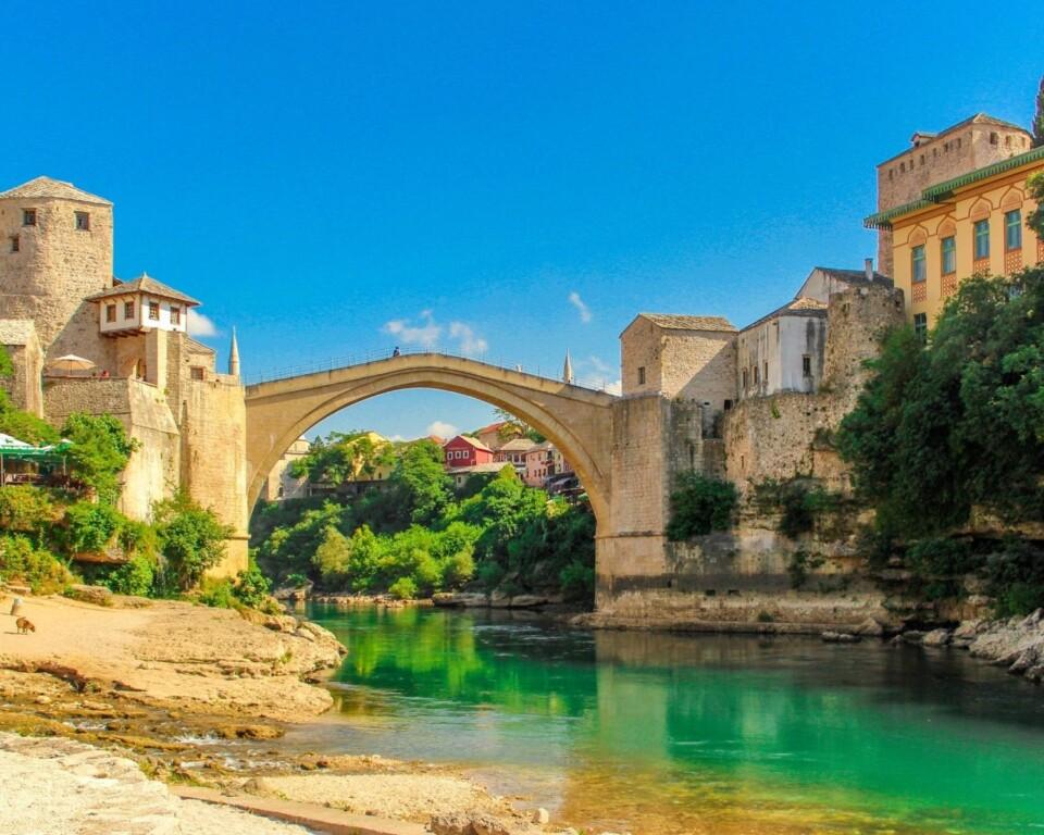 stone bridge in mostar bosnia